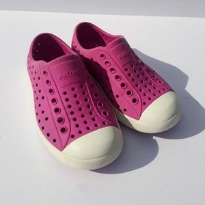 Native rubber kids shoes.  Pink. Size 8.